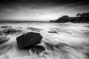 bali-black-and-white-coast_0