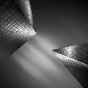 bratislava-architecture-black-white